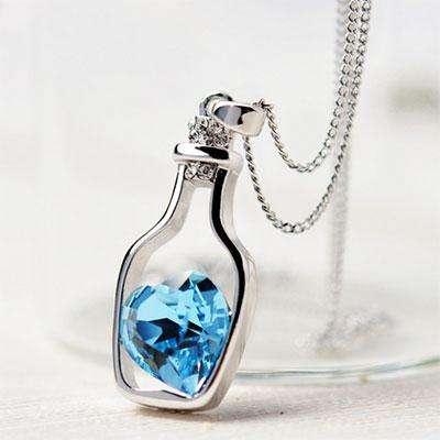 Ожерелье бутылка с сердцем