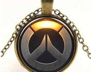 Кулон с логотипом Overwatch